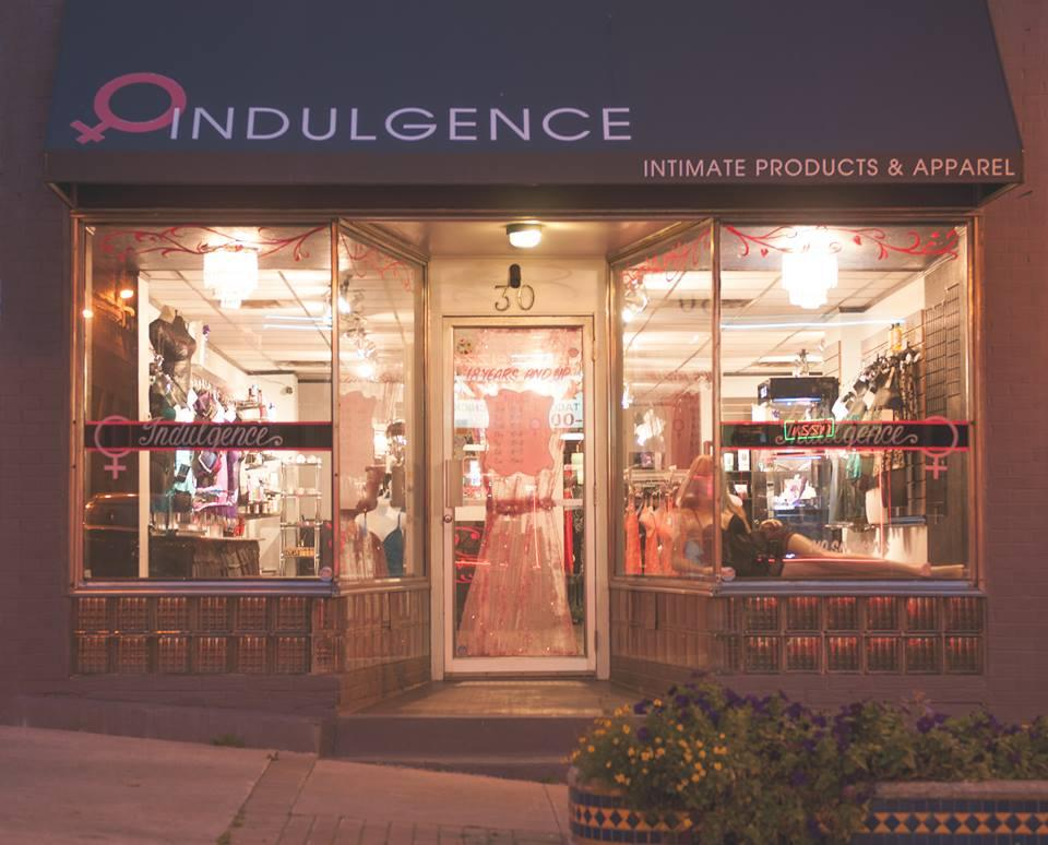 Indulgence Intimate Apparel at 30 Portland Street (Photo by Jenn Gregory Photography)
